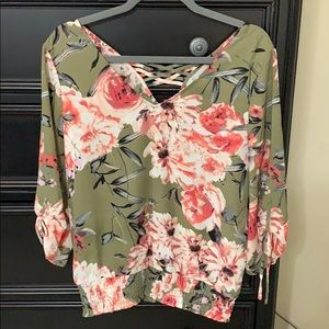 NY&Co green floral top size small